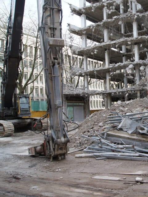 Abbruch-, Rückbau- und Demontagearbeiten 33